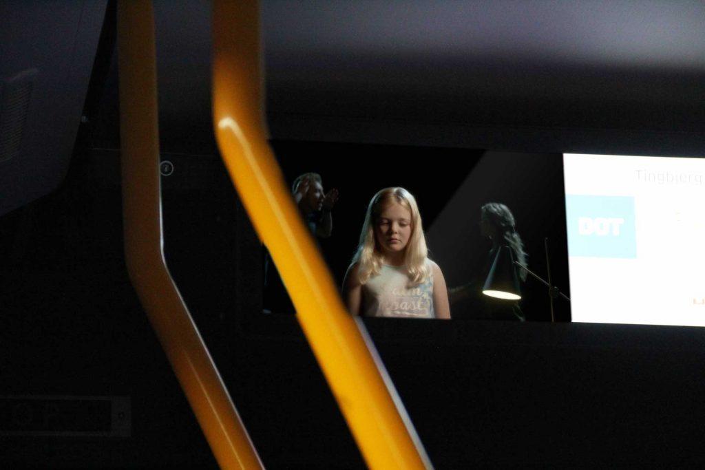 Reklamefilmen vist i busser rundt. i Danmark